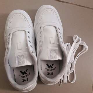 全白休閒鞋(非帆布鞋)