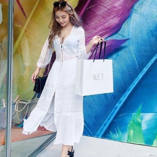 韓版洋裝。師大韓店購買原価1080元    7成新。