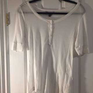 Banana republic white T-shirt