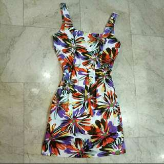 ALANO Wild floral printed knee length cocktail Dress with deep side pockets and side zipper! (purple, orange, white, yellow, red)