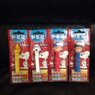 Snoopy Woodstock CharlieBrown Lucy PEZ 糖