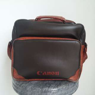 🚚 Vintage Canon Camera Carrying Bag