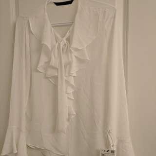 BNWT Zara trafaluc blouse