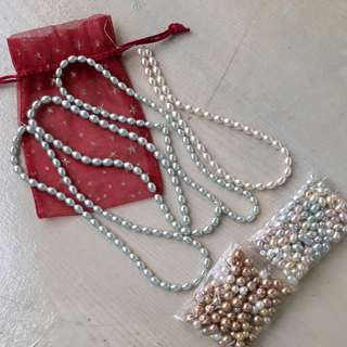 Pearlesque beads