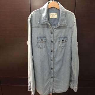 🚚 淺藍牛仔襯衫