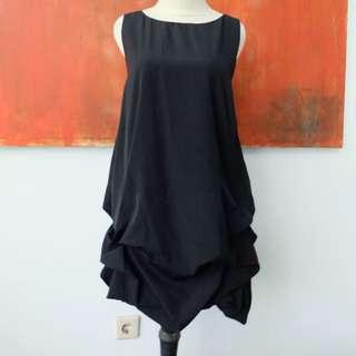 FUN GIRL BLACK DRESS DRAPPERY