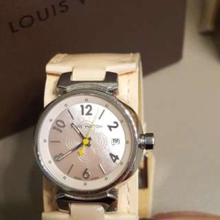 LV lovely pin watch
