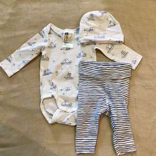 H&M 3 piece jersey set, 0-1month