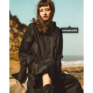 CEREAL 簡約素面長版襯衫連身裙 黑色