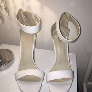 White Dotti Heels only worn once !!