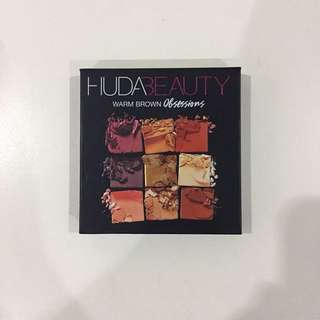 PL Huda Beauty Warm Brown Obsessions