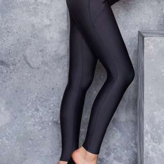 Black Milk Matte Black Pocket Leggings L