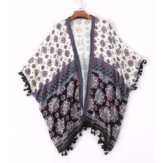 🚚 歐美幾何流蘇罩衫