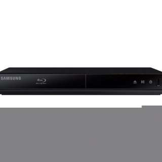 Blue ray player / disc player (brand new SAMSUNG)