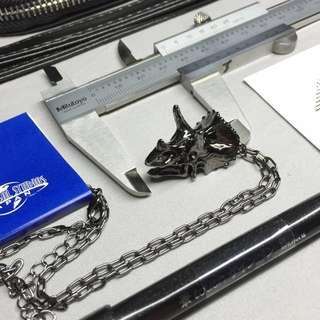 《鹿桑市集》環球影城 侏羅紀 三角龍 金屬質感項鍊