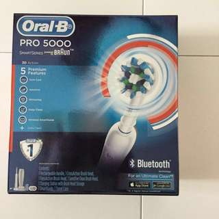 Brand New Box Oral B 5000