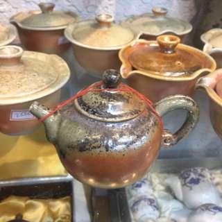 🚚 鶯歌陶瓷茶壺(柴燒)