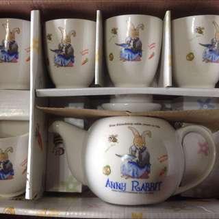 Anny Rabbit安妮兔杯子,茶壺禮盒(瓷杯瓷壺) 附盒子