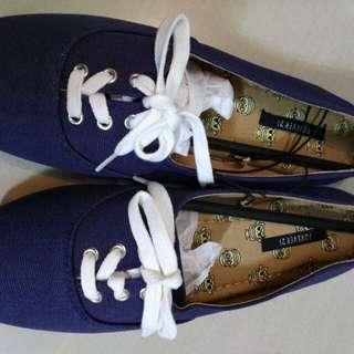 Forever21布鞋 深藍色 穿著貼身牛仔褲 簡約短裙百搭size 37