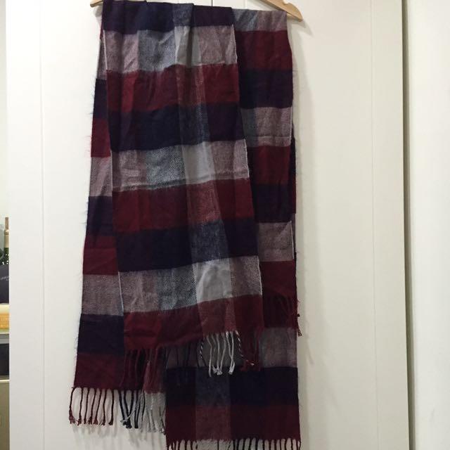 紅格相間保暖圍巾