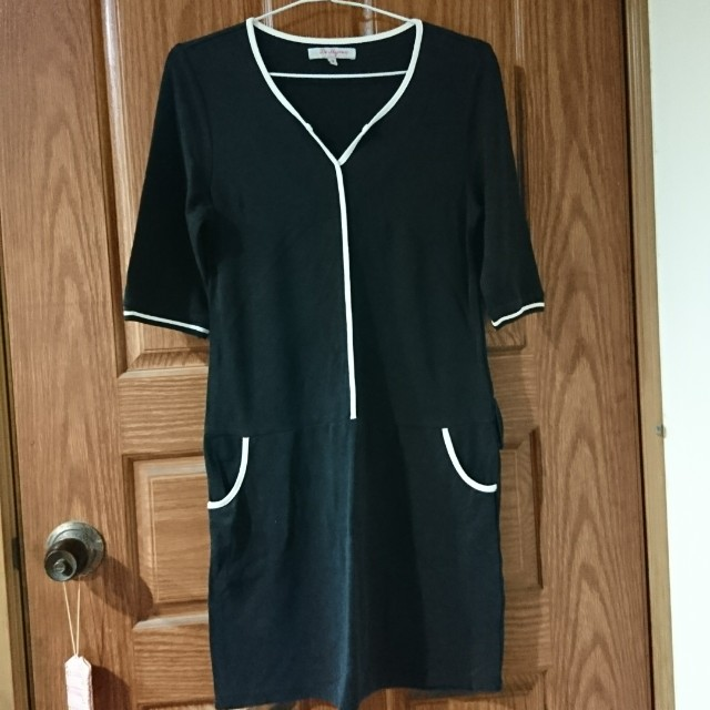 黑色七分袖洋裝