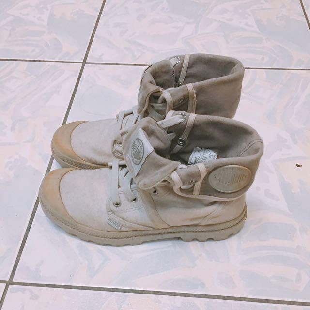 灰色二手短靴 正品 40號
