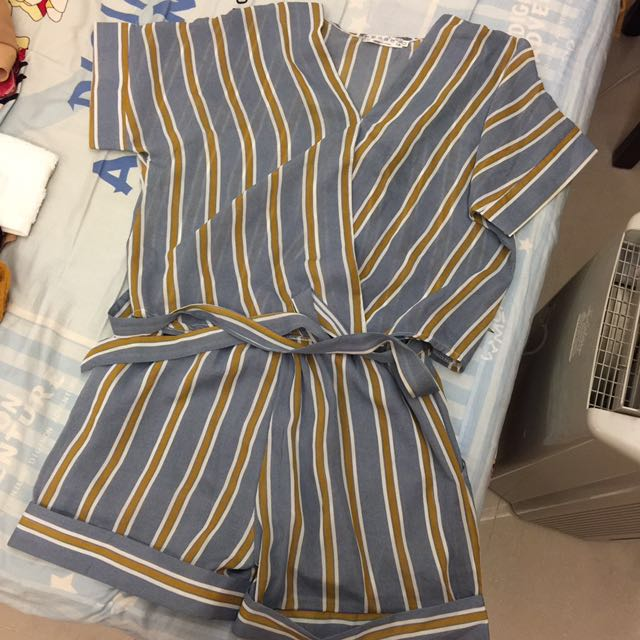 直線條 衫 褲