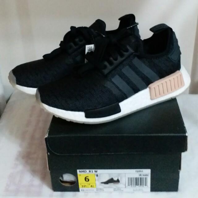 big sale 2c1b0 7c1ff 全新 女裝 Brand New Women Adidas NMD R1 W Black Carbon 黑杏 CQ2011  UK3.5/US5/EU36/22cm