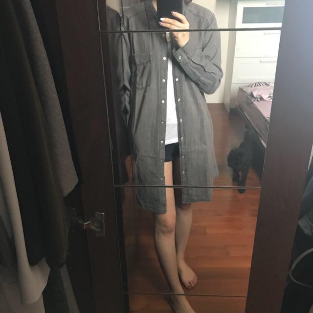 全新 GU 洗舊感黑灰長版襯衫