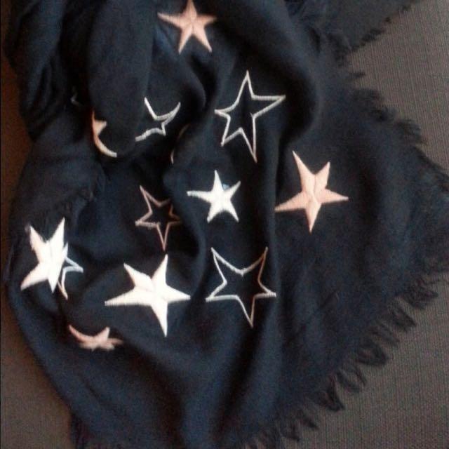 義大利品牌ALYSI星星圖案圍巾