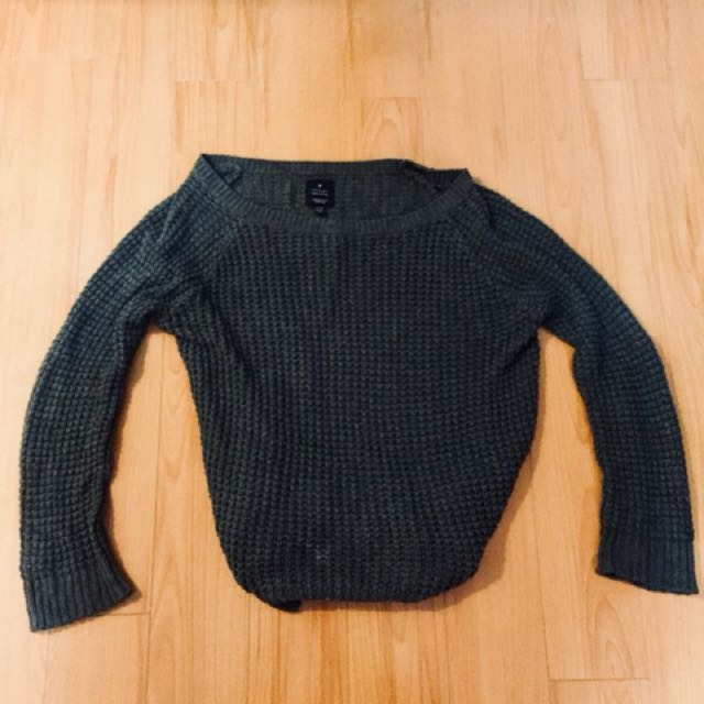 American eagle off shoulder sweater