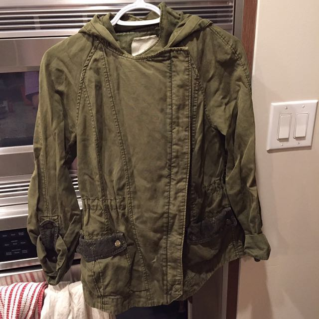 ANTHROPOLOGIE olive green jacket