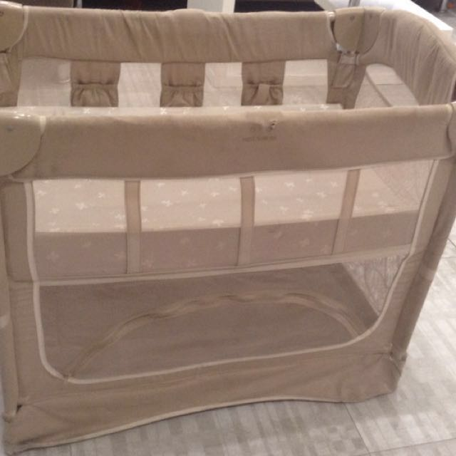 Arms reach mini co sleeper brown with free changing pad