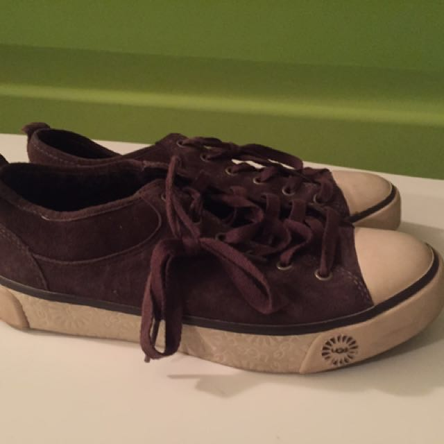 Authentic UGG sheepskin sneakers size 6