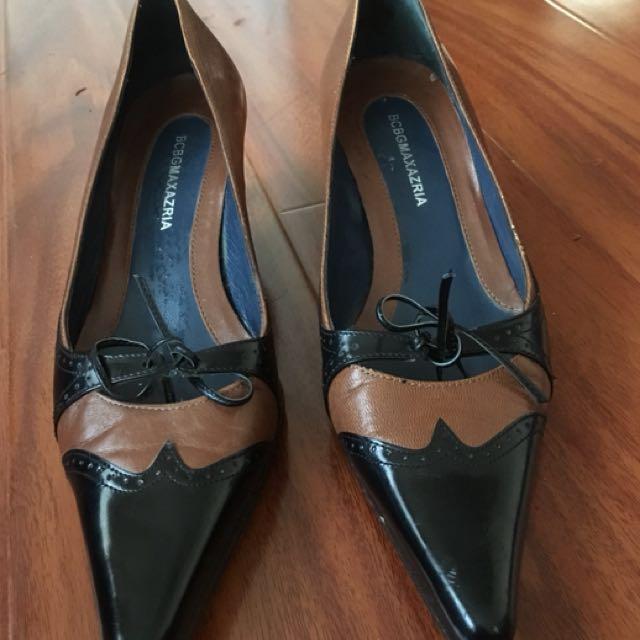 BCBG MAXAZRIA leather Oxford - size 6