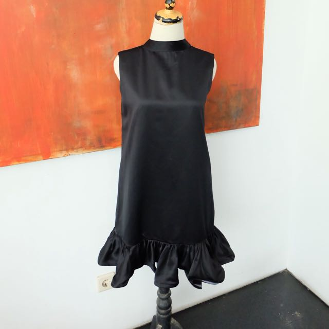 Black dress Jolie Clothing