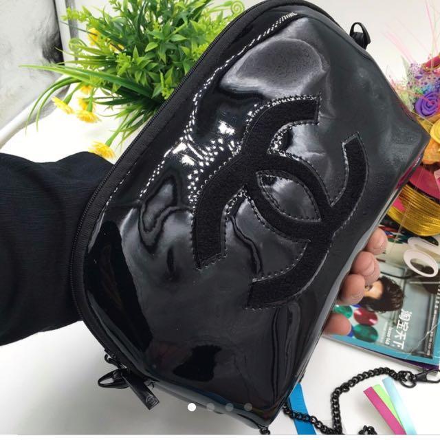 0546b0c9c8bd blackfridaysale Chanel black sling bag   pouch