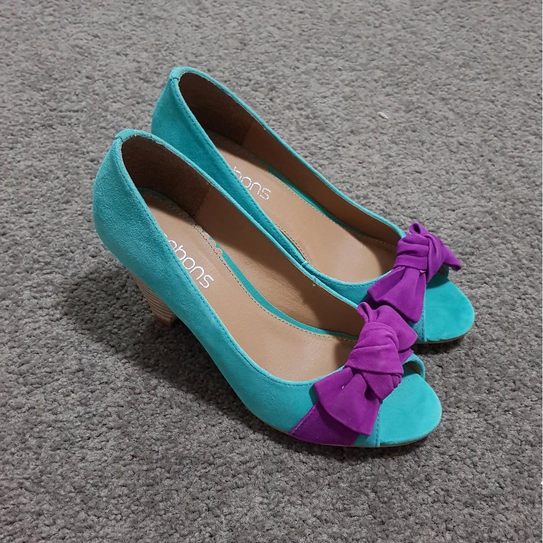 Bonbons - Peppermint Green Heels with Purple Knots