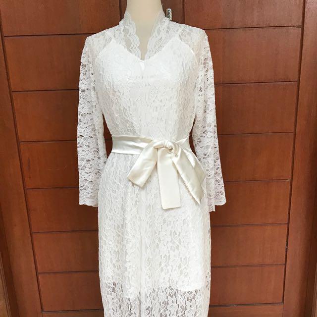 Bride robe full lace