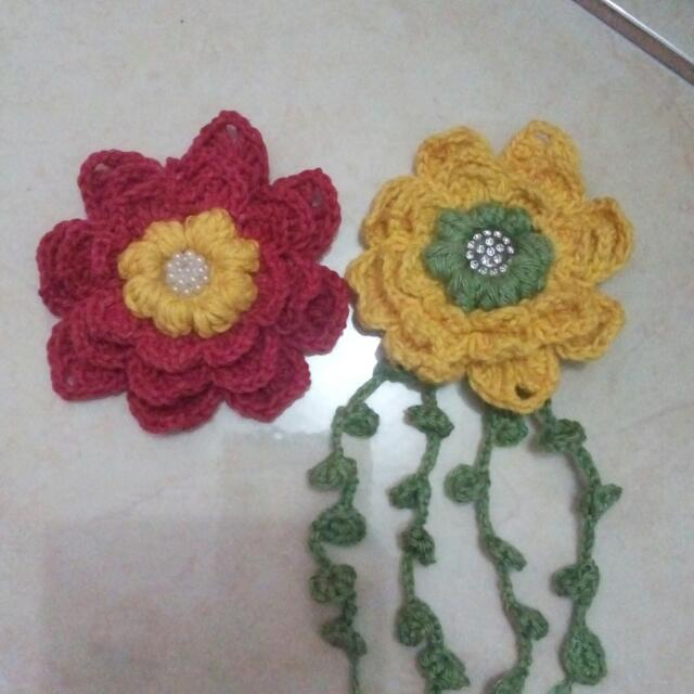 Bross Bunga Rajut