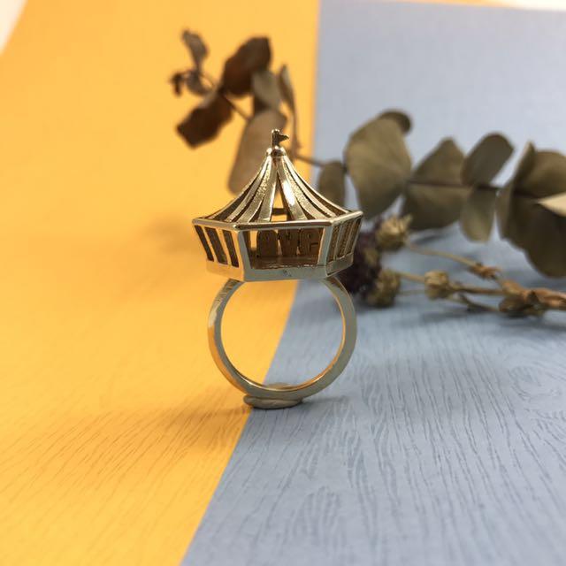★Bésame Jewelry★ 馬戲團LOVE字母 黃銅戒指