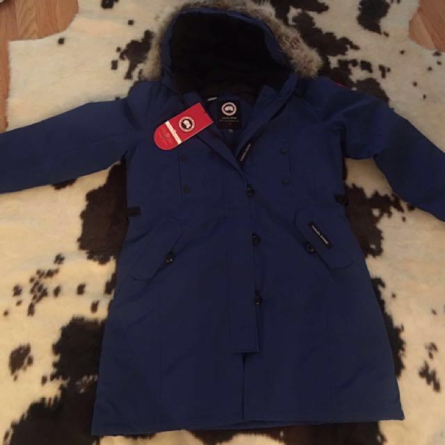 Canada goose Kesington jacket ( Brand New)XL Kensington