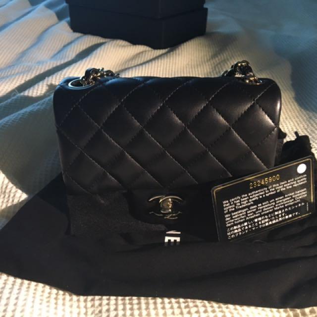 Chanel square mini - black lambskin