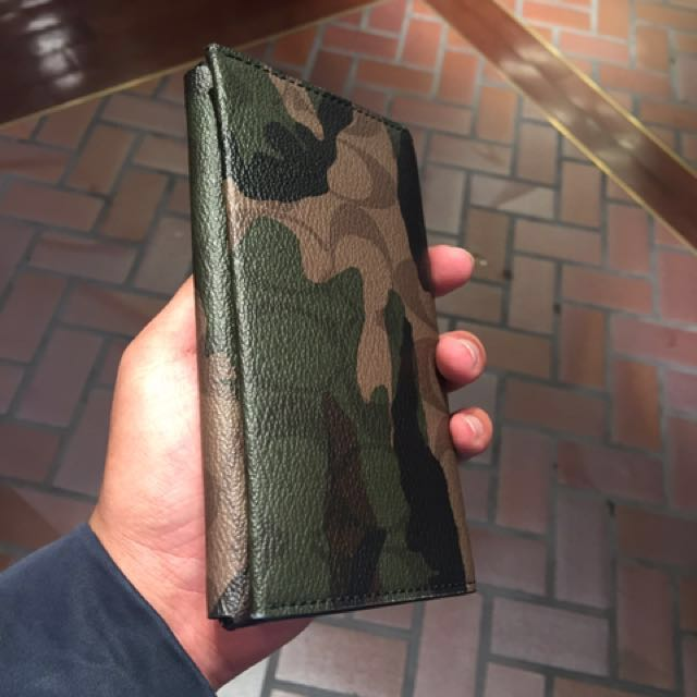 newest 6379d 94ffd Coach men's phone case and wallet army print