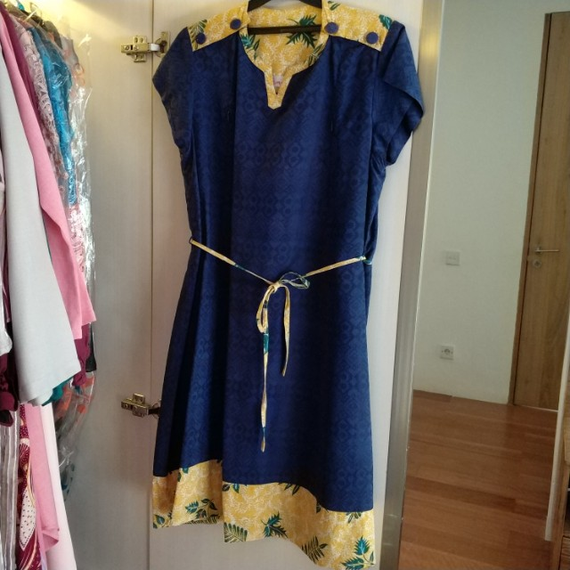 Emeno Nursing Dress - Size XL