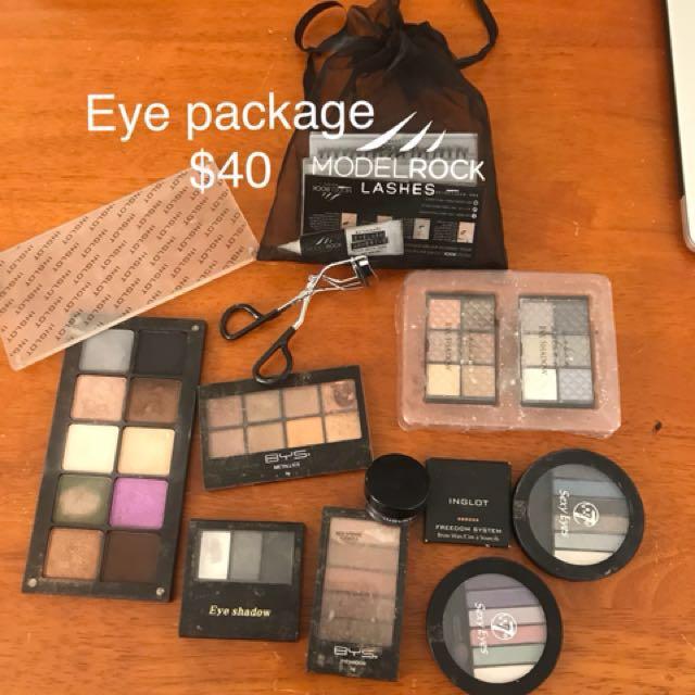 Eye makeup package
