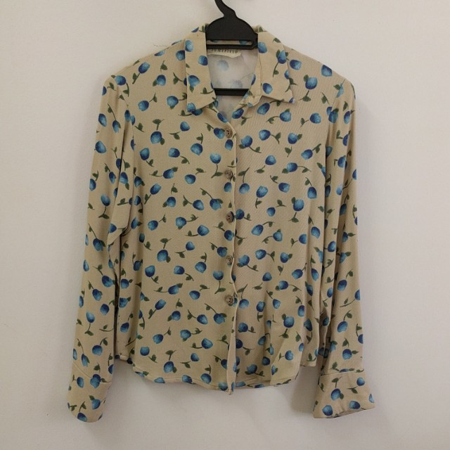 Floral blouse in UK10