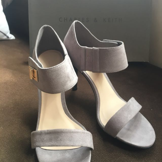 Free Shipping Charles & Keith Heels Size 5