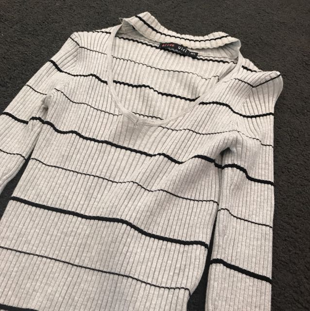 Grey and black long sleeve - size M
