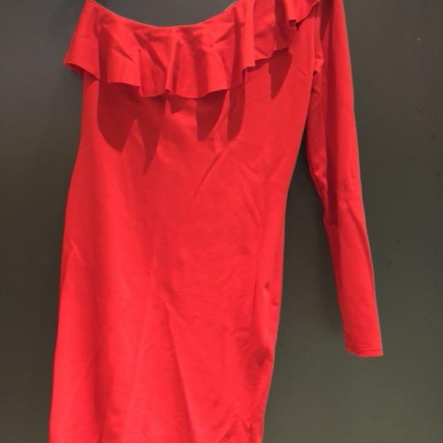 H&M 全新斜肩正紅洋裝